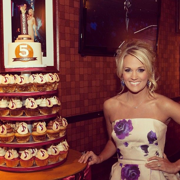 carrie underwood cupcake wedding cake 44 best images about custom cupcake towers on 12409