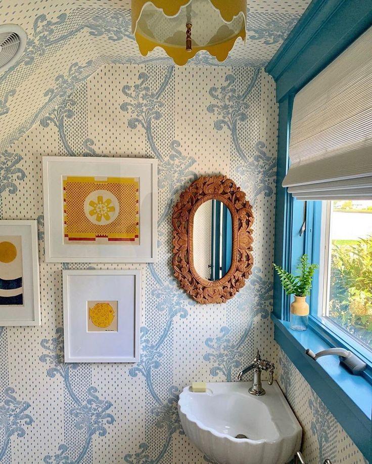 Sister Parish Design On Instagram Good Morning Kinnicutt Wallpaper This Bathroom By Katierosenfe Powder Room Decor Retro Interior Design Bathroom Wallpaper