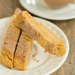 Snickerdoodle Biscotti -- Might give these a try for Christmas instead of traditional Snickerdoodles!