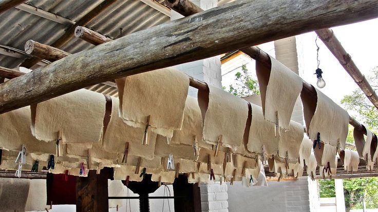 Fàbrica de papel en Barichara Santander Colombia Foto Guillermo Perez C