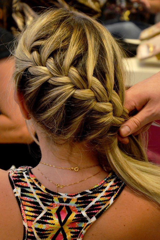 Tranças e penteados com trança embutida