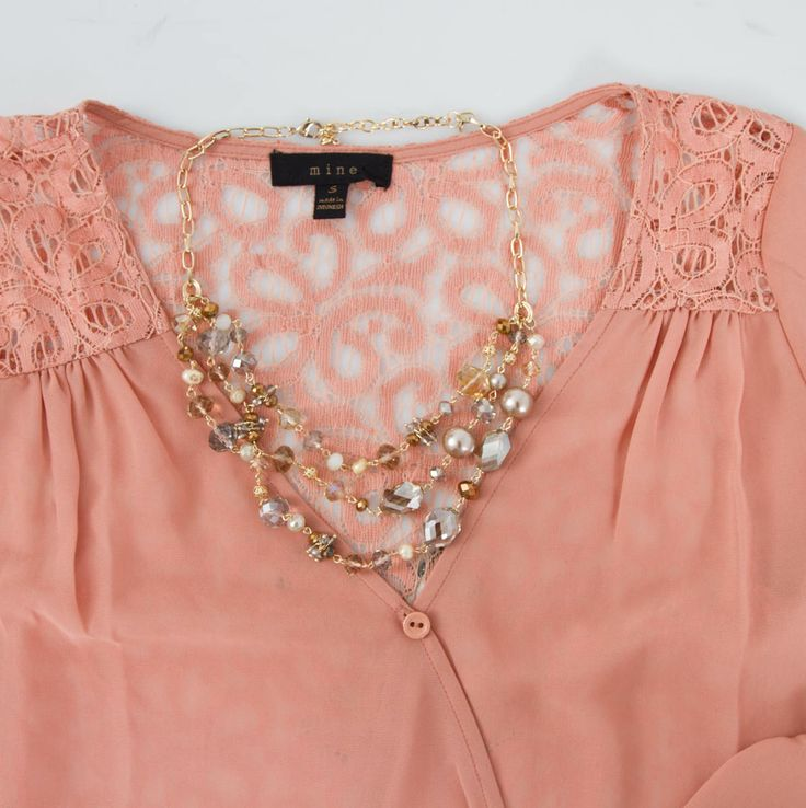 17 best images about necklace to make ideas on pinterest for Necklace for v neck wedding dress