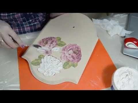 Декупаж. Часы -объемные розы. Работа со шпатлевкой. - YouTube