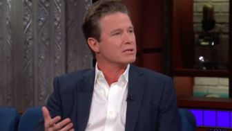 Billy Bush Slams #Trump Over Tape Denials, Says 'Enough's Enough' https://www.huffingtonpost.com/entry/billy-bush-colbert-donald-trump_us_5a2614ebe4b086e4e503ffbe?utm_hp_ref=donald-trump
