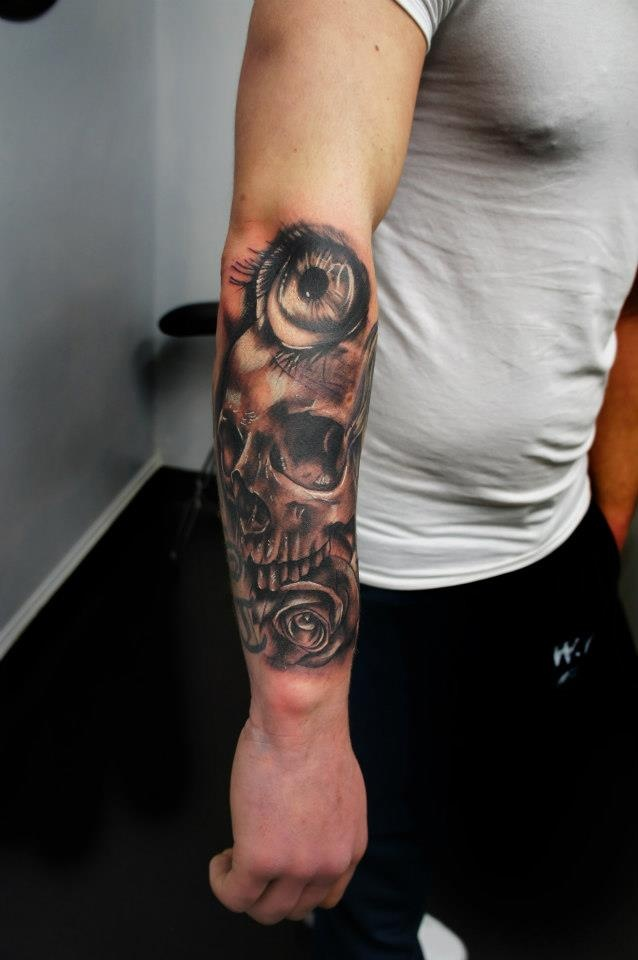 Skull Tattoo By Gordon Patterson At Inkwell Tattoo Studio Livingston Scotland Ink