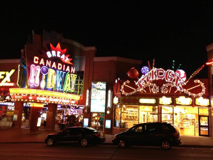 Niagra Falls Street at night , 2012