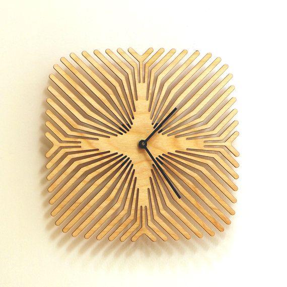 spider - handmade wooden wall clock, wood wall art reloj de pared de madera, деревянные часы стены, orologio da parete in legno, Holz-Wanduhr, 木製の壁時計, in stock: $ 61