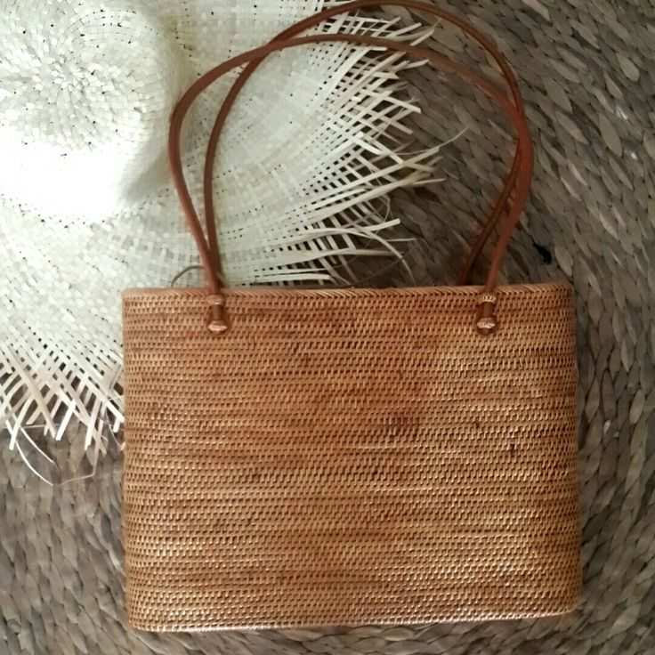 Basket Weaving Ubud : New ata tote with drawstring batik lining also available