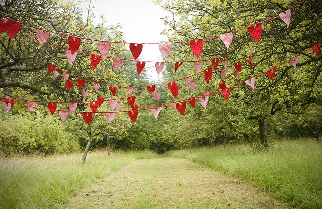 heart bunting as an alternative to normal triangular bunting?
