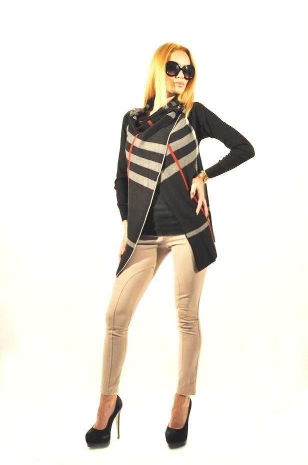 Pantalon Dama Ivory  Pantaloni dama stil pana. Model clasic usor de accesorizat.  Se inchid cu fermoar si nasturi.     Compozitie: 100%Poliester