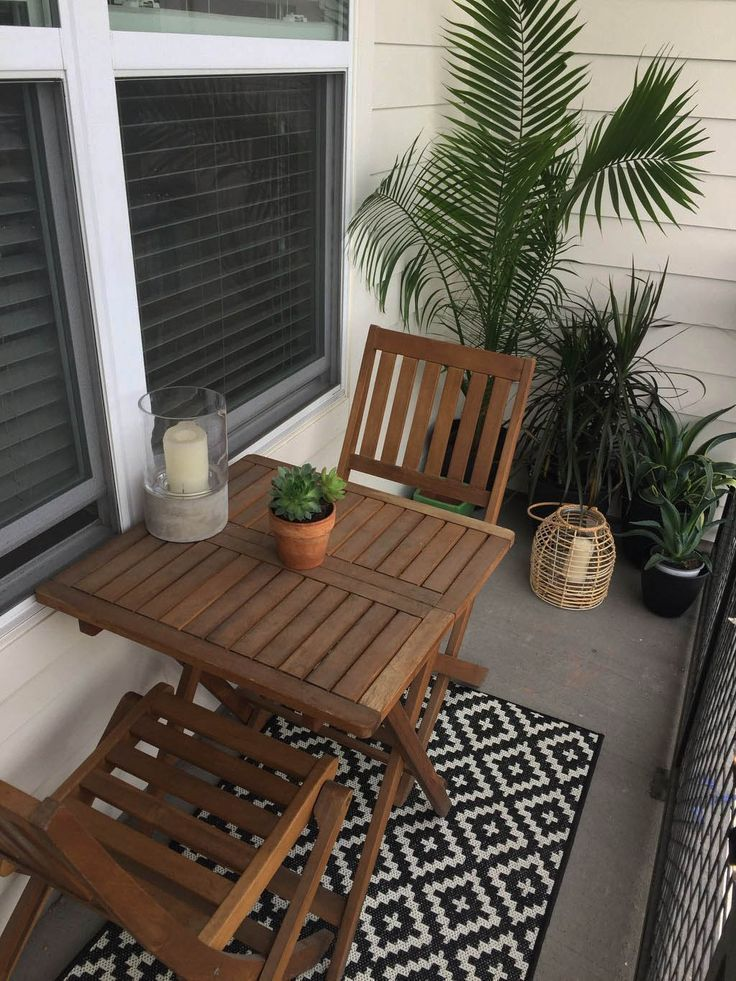 Find Small Patio Furniture Layout Ideas That Look Beautiful Modern Patio Furniture Layout Balcony Decor Outdoor Patio Table