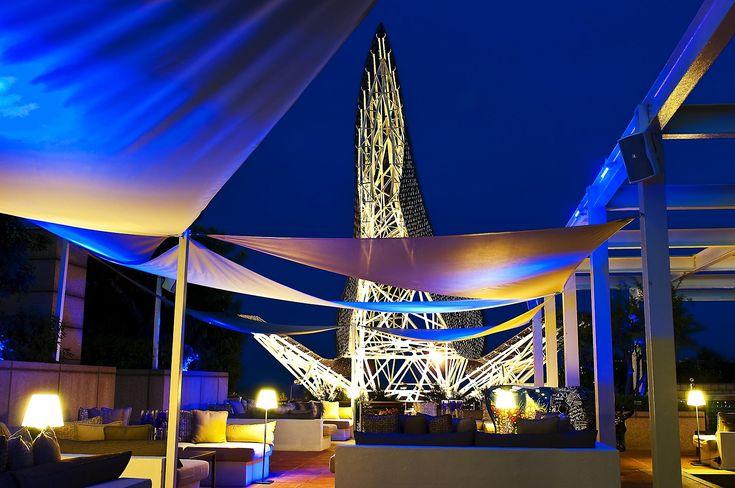 #Barcelona #picture #bynight #Bonavista #underthemoon #stunningcity #terrace #Arola