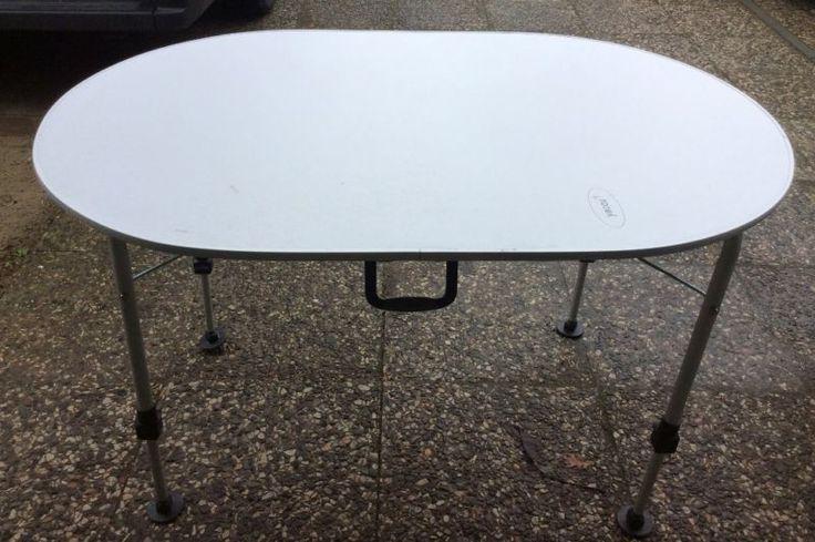 Campingtisch, 120 x 80 cm, oval stufenlos höhenverstellbar Aluminiumrohre, Alu-Profilumreifung, Tischplattenstärke 1,3 cm, Tragkraft 50 kg, Gewicht ca. 9 kg, feuerfeste Oberfläche, stufenlos per Federsystem höhenverstellbar von 54,5-73,5 cm, große Gelenkstandfüße, die Tischbeine lassen sich einzel höhenverstellen um auch auf unebenem Untergrund einen optimalen Stand zu gewährleisten.NP 90 EuroVersand ist leider nicht möglich