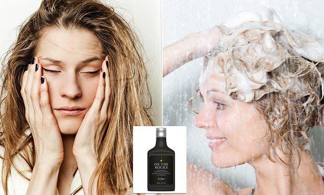 Women Share Their Tricks For Preventing Oily Hair For Good Prevent Oily Hair Oily Hair Cool Hairstyles