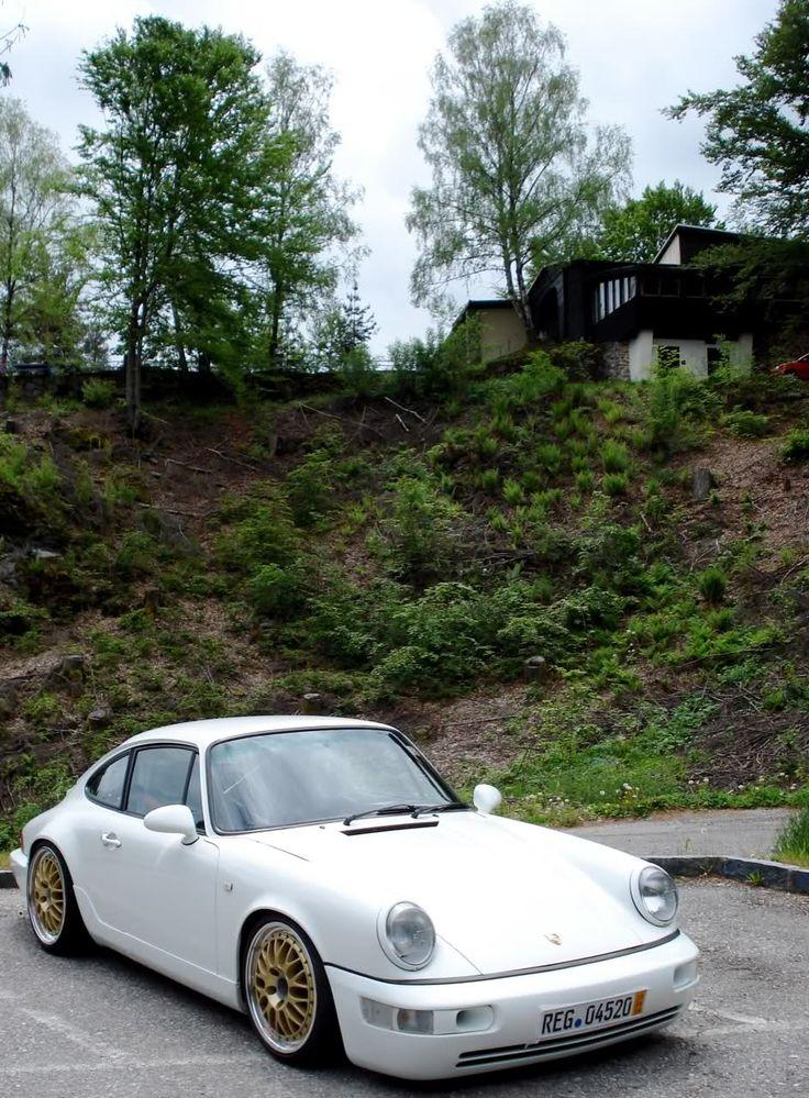 Slammed Porsche Picture Thread