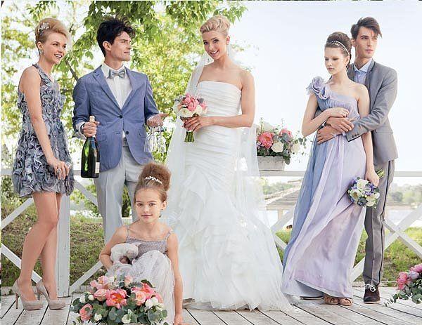 Нарядное платье для гостьи на свадьбу. Как оставаться ослепительной и при этом не затмевать невесту? https://norastyle.ru/  Свадьба очень часто является тем самым торжественным поводом, ради которого и совсем юные девушки, и зрелые дамы невольно останавливаются у витрины с праздничными платьями. И речь идет не только о самих невестах, которым по определению положено быть самыми нарядными и яркими на торжестве, но и о подружках невесты, да, и просто о гостьях.Последние нередко сталкиваются с…