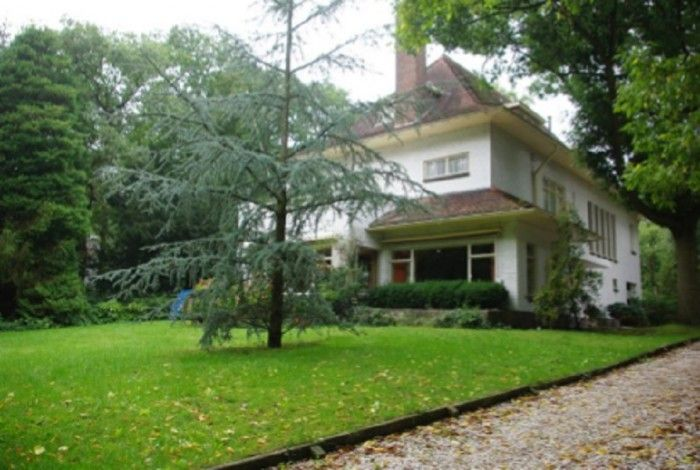 Charming villa in a beautiful location in Haag