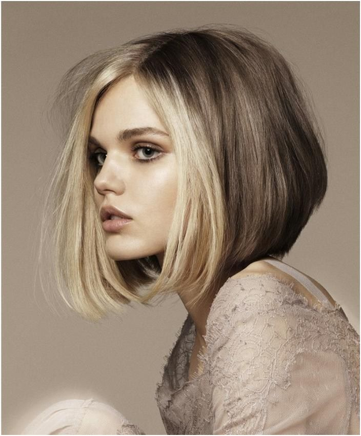 Moderne Frisuren Geometrische Frisuren Glattes Haar Mittellang