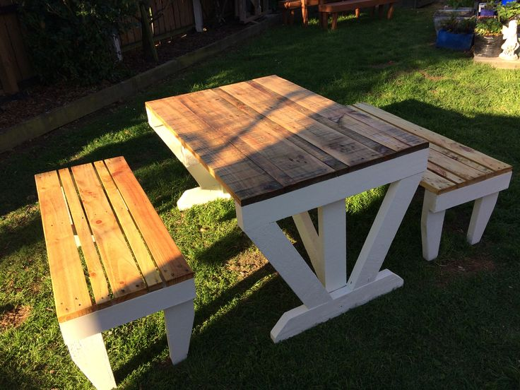 Pallet Table and 2 x Bench Seats  You can check out my other listings by clicking this link here, and if you like my products feel free to add me as a favourite seller.   http://www.trademe.co.nz/Members/Listings.aspx?searchtype=SELLER&   member=1408573   Thank you for checking out this auction