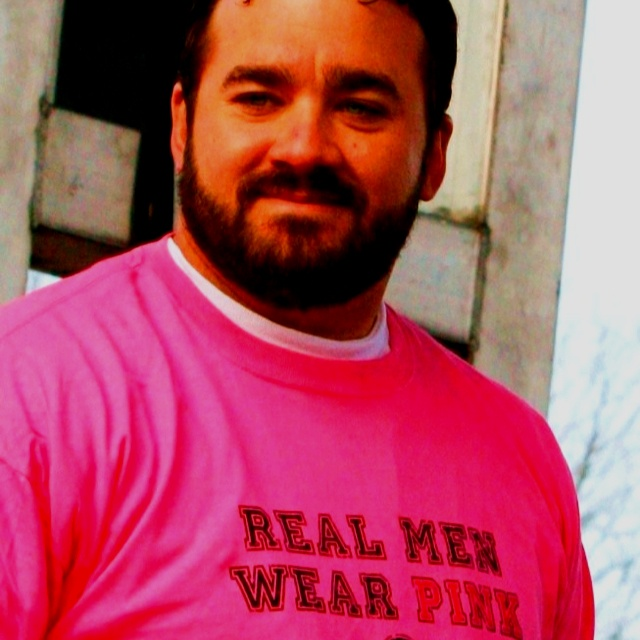Jeff Saturday is a hottie and can definitely pull off pink