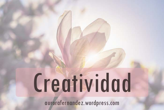 """Una colaboración sobre la creatividad desde el enfoque Gestáltico con el Blog de Gabriela Castelo """"Para Féminas Creativas"""".  Incluye una entrevista y un artículo sobre las fases y lo bloqueos en la creatividad.  #GestaltConGenero #Creatividad #Colaboracion #Entrevista #CicloDeLaExperiencia #BloqueoCicloDeLaExperiencia"""