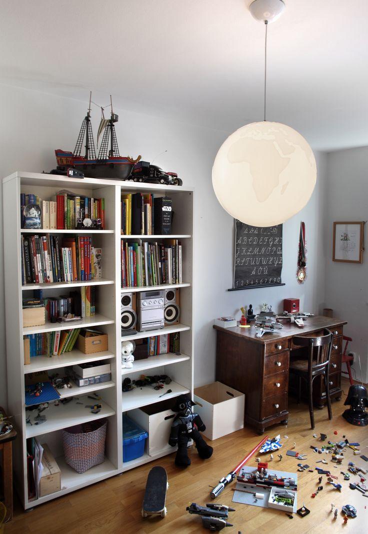 kreative Deckenleuchten fürs Kinderzimmer von Philips   Pilz in rot und weiß