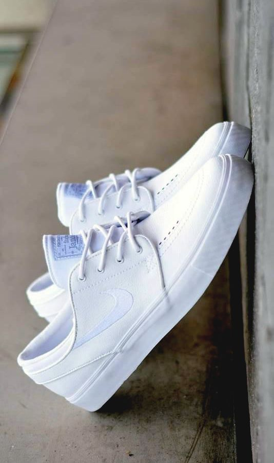 Nike SB Stefan Janoski: White on White