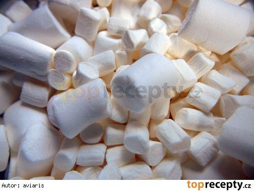 sm - marcipán s marshmallow