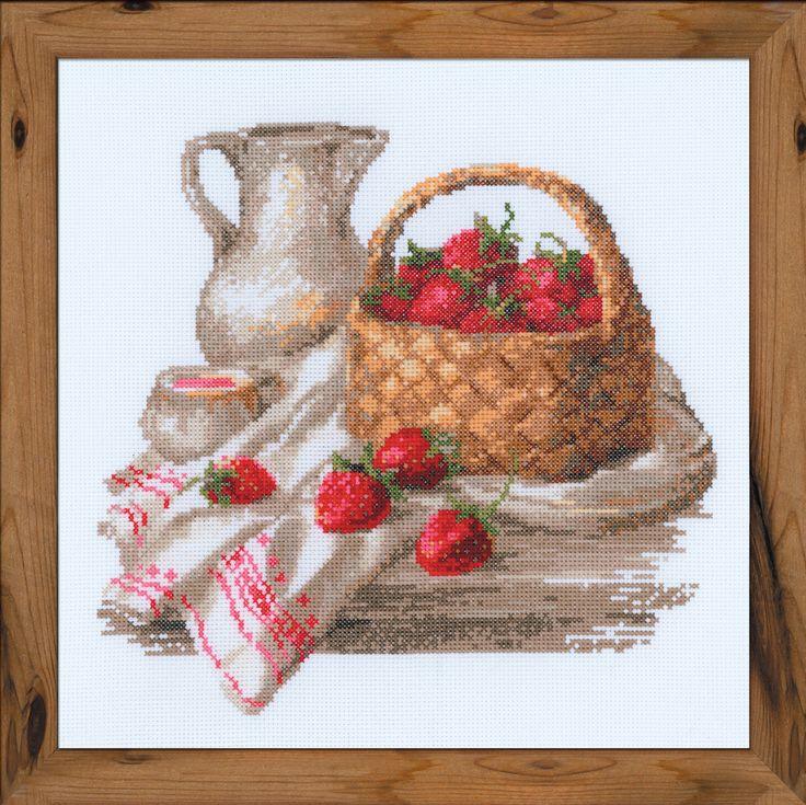 Любителям 🍓 клубнички со сливками схема вышивки Июньский полдень от #Риолис 100-004    ✅Скачать http://stitchlike.ru/uprt 👈  #клубника #вышивкакрестом #лето
