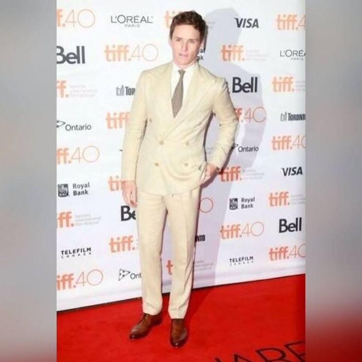 Look the best you possibly can in a beige suit and a white dress shirt. For a more relaxed take, go for a pair of brown leather derby shoes.  Pair your derby shoes with Shoe String King classy round shoelaces that would perfectly match with any dress shoes. Grab a pair now at www.ShoeStringKing.com!  #SSKmale #EddieRedmayne #brown #derby #shoes #beige #suit #model #man #classy #formal #shoes #shoeporn #shoegasm #instashoes #instastyle #instafashion #instapic #instagood #ootd #lookoftheday