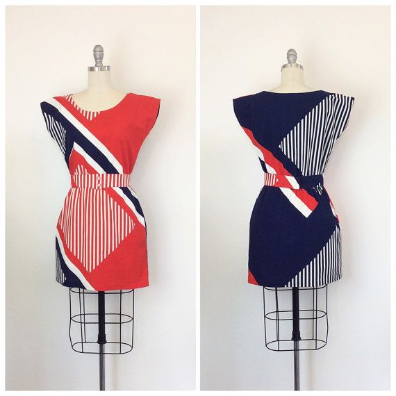 70s Red White and Blue Nautical Mini Dress / 1970s Vintage Striped Patriotic Cotton Dress With Belt / Small / Size 4 / 6