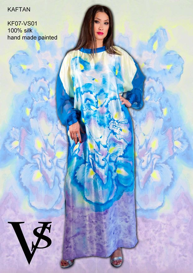 "Kaftan KF07-VS01 - Composition 100% Silk - Hand Painted - Sizes Italian (from 38 to 62 tailored) - Limited Edition Series (maximum 100 Pieces for model) - ""Violetta Smik"" is produced by Sephirot Productions of Milan under the brand ""4SuckerS"" - 100% MADE IN ITALY - 100% NATURAL FIBRES AND ECOLOGICAL - 100% HAND PAINTED - 100% HAND EMBROIDERED - Try it to believe! Authorized seller: Showroom SD Multibrand Milano street Visconti di Modrone 30. www.violettasmik.com"