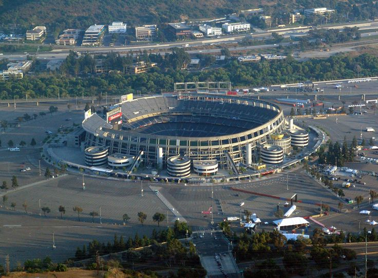 Qualcomm Stadium - Wikipedia