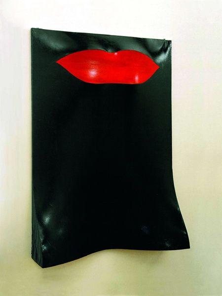 Labbra rosse (omaggio a billie holiday) 1964, tela dipinta a smalto su centine di legno, cm.160x160x21, Galleria d'Arte Moderna e Contemporanea, Torino. / Pino Pascali