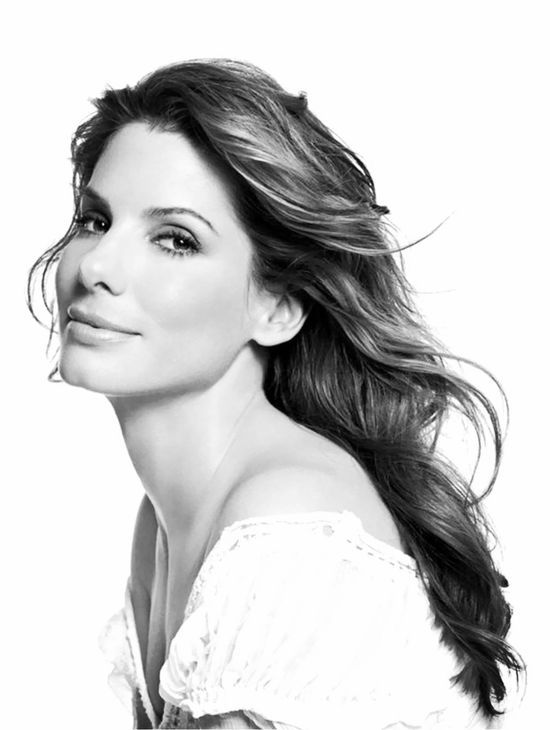 Sandra Bullock. I would love to meet her :) She and my son had the same high school drama teacher... She (Geri) missed the mark on both!