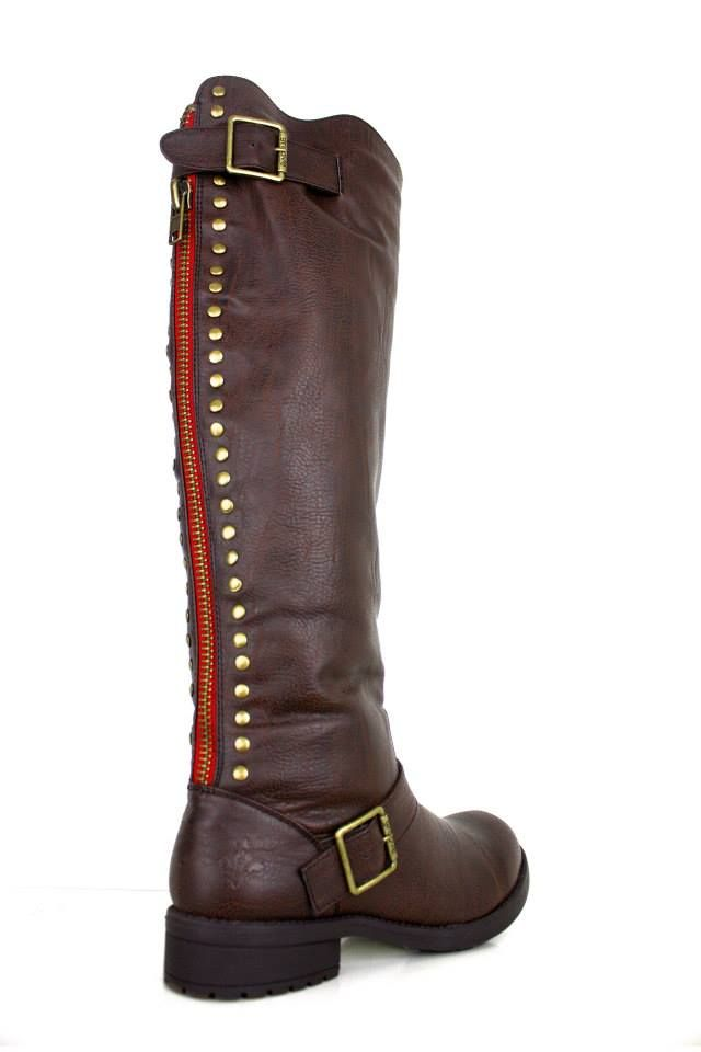 this season s hottest boot they sell out so fast every time loredo groove