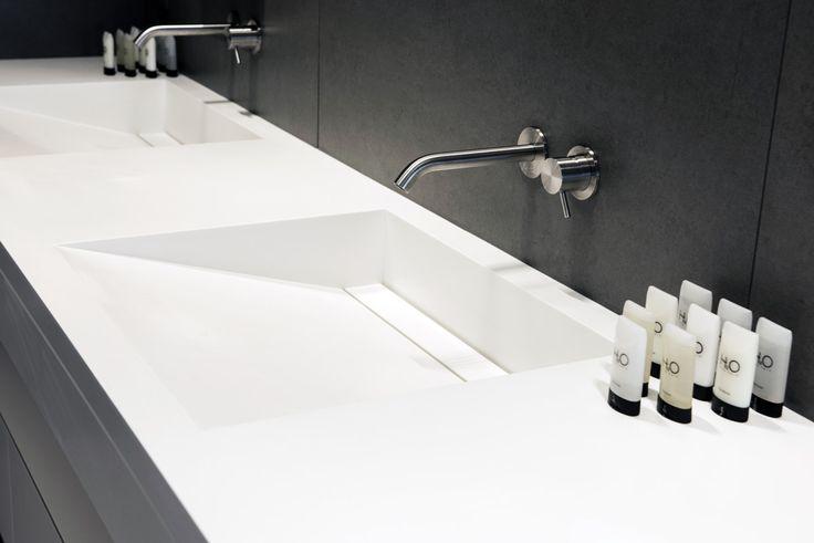 Plan vasque en Solid Surface V-korr - http://www.v-korr.com/home/mobilier-residentiel-solid-surface/
