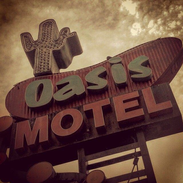 oldshowbiz:  nice mid-century sign at Pico and Alvarado, an apparent oasis among the overflowing trash cans, abandoned mattresses and tap dancing cockroaches on this block. #vintagelosangeles #vintagesign #vintage #losangeles #alvarado #oldsigns #midcentury #motel #motels #motorinn #oasis #signs #sleaze #signgeeks #signsofinstagram #savethesigns #retroneon #retrosigns #roadside