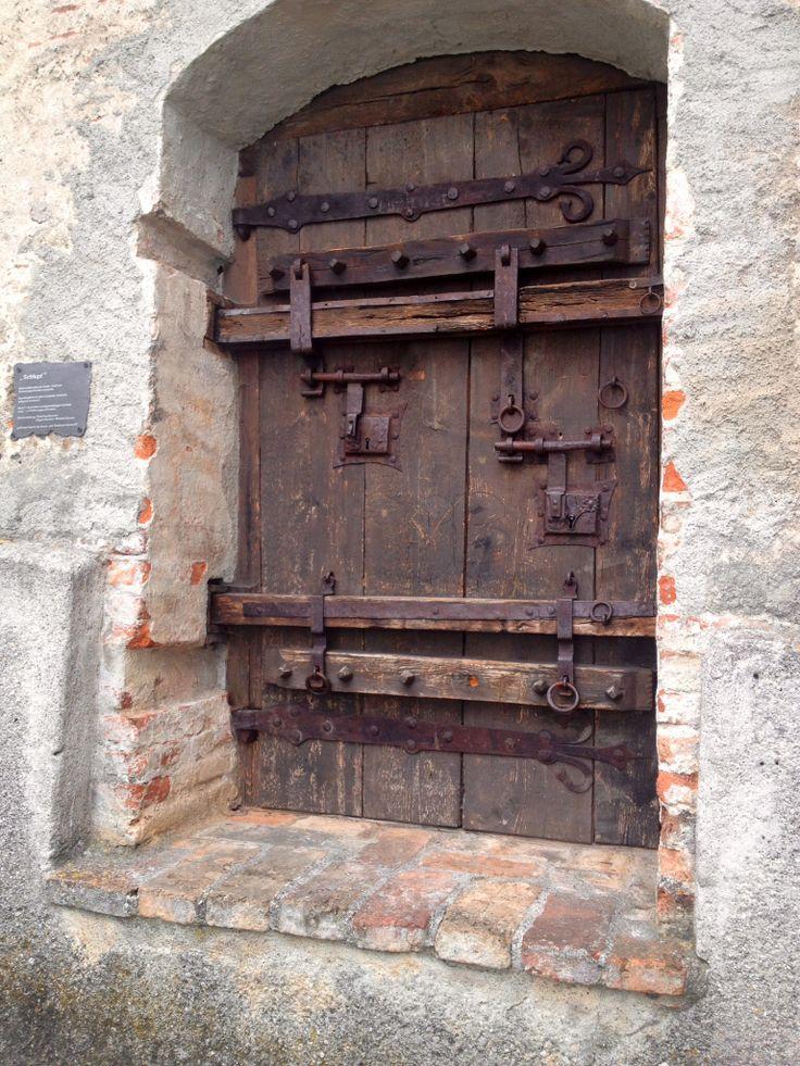 """""""Geheime"""" Tür in der Stadtmauer"""
