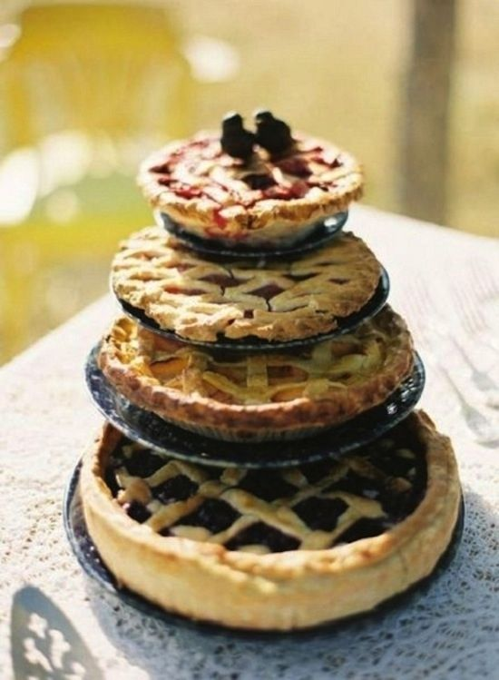 can't even handle this right now.....Wedding Pie | 27 Ideas For Adorable And Unexpected WeddingCakes