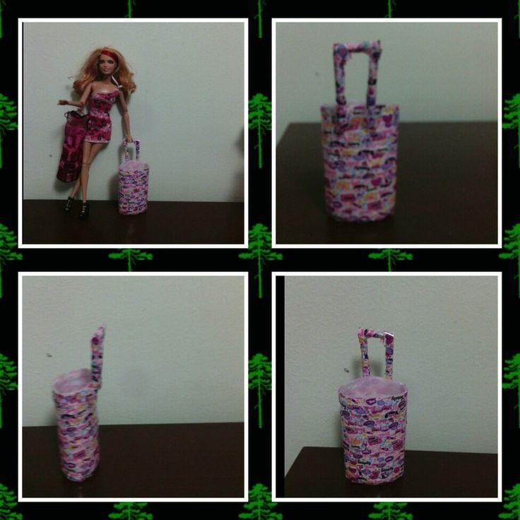 Barbie ev yapımı bavul