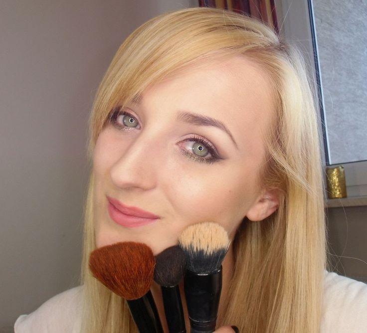 Delikatny naturalny makijaż oka:)