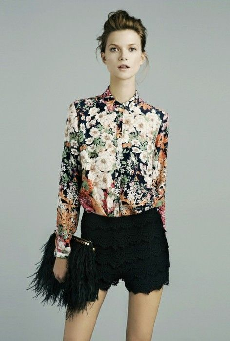Trend 2013: Floral shirt and lace shorts. Zara.