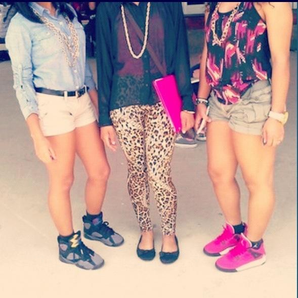This looks like Me, Tori, and Nikki! Lmfao!