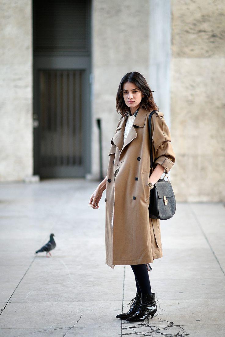 Leila Yavari - En las calles de París durante Fashion Week
