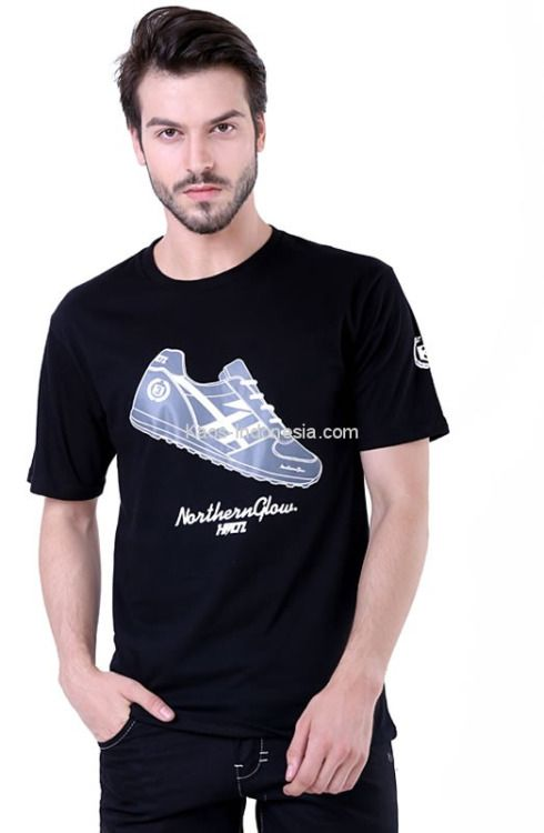 Kaos pria H 0001 adalah kaos pria yang nyaman untuk dipakai...