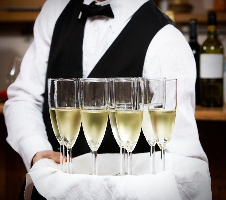 hire a wine waiter