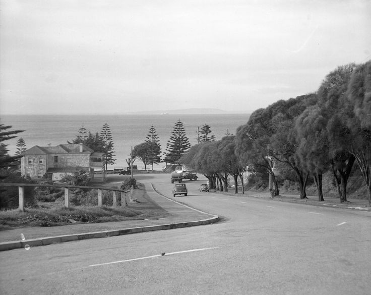 1951 Nepean Highway near Sorrento. www.vicroads.vic.gov.au/centenary