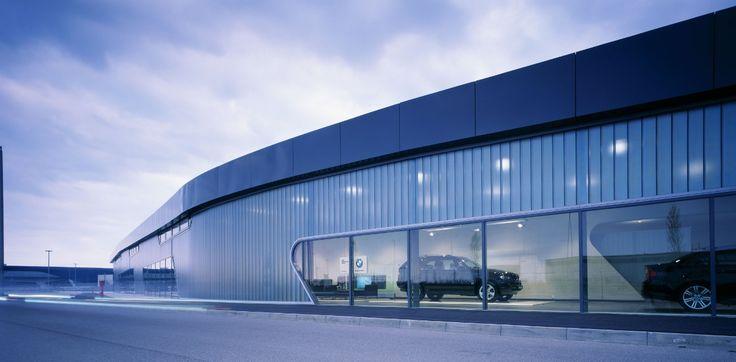 BMW Showroom in Leipzig. Zaha Hadid Architects
