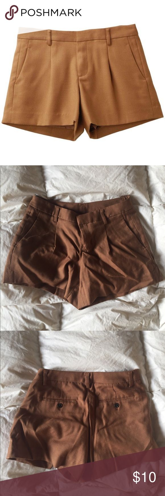 Uniqlo Paperboy Shorts Uniqlo Brown Paperboy Shorts. Never worn! Uniqlo Shorts